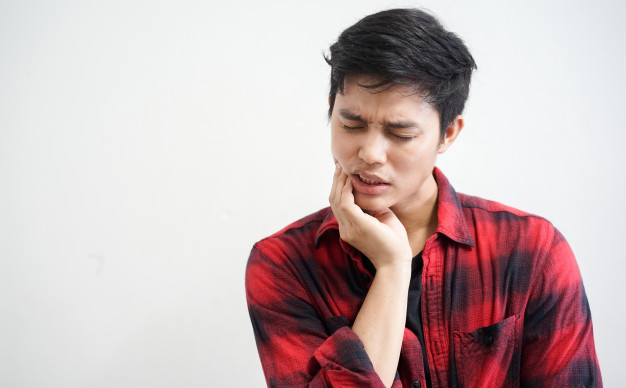 What Happens If I Do Not Remove my Wisdom Teeth?